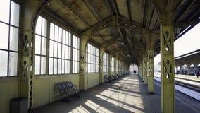 Sparato del binario della stazione ferroviaria di Vitebskiy a St Petersburg stock footage