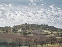 Sparato di una collina rurale fotografie stock libere da diritti