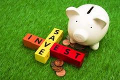 Sparen en investeer stock fotografie