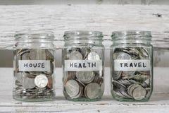 Sparen Sie Geld für das Leben lizenzfreies stockbild