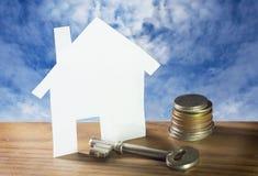 Sparen Sie Geld für Haus. Lizenzfreie Stockfotos