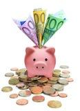 Spargris mycket av euro Fotografering för Bildbyråer