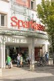 Sparkassemensen Stock Foto's
