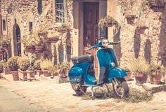 Sparkcykel i Tuscany Fotografering för Bildbyråer