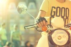 Sparkcykel med chauffören Royaltyfri Foto