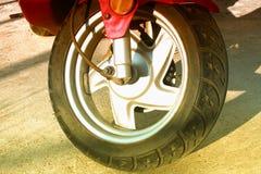 Sparkcykelhjul och gummihjul Royaltyfri Bild