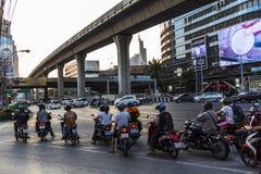 Sparkcykeltrafik i Bangkok Arkivbild