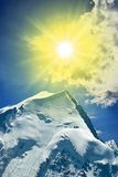 Sparkle sun in a mountains Royalty Free Stock Photography