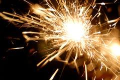 Sparkler en la obscuridad Foto de archivo libre de regalías