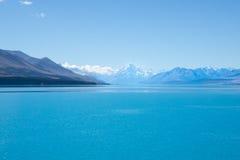 Sparkling turquoise water of Lake Pukaki, NZ Stock Photos