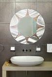 sparkling vägg för badrum royaltyfria bilder