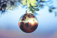 Sparkly Balldekoration für neues Jahr und Weihnachten Stockbilder