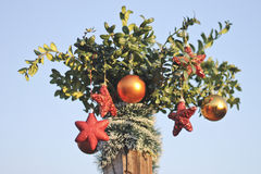 Sparkly drie harten en ballendecoratie voor Nieuwjaar en Kerstmis Royalty-vrije Stock Afbeeldingen