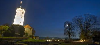 Sparrenburg城堡比勒费尔德德国在晚上 库存图片