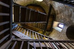 Sparrenburg slott bielefeld Tyskland inom torntrappuppgången arkivfoton