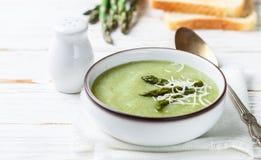 Sparrissoppapuré banta sunt vegetarisk kokkonst arkivbilder