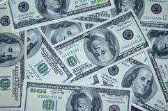 Sparso 100 banconote in dollari Fotografia Stock Libera da Diritti