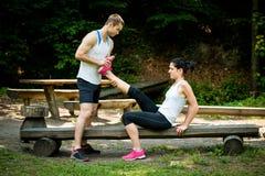 Spasme de muscle - après la formation de sport Images libres de droits
