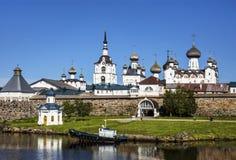 Spaso-Preobrazhensky le monastère de Solovetsky Stavropegial sur l'île de Bolshoi Solovetsky en mer blanche La Russie Photos stock
