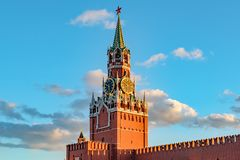 Spasskayatoren van Moskou het Kremlin op Rood Vierkant royalty-vrije stock afbeelding