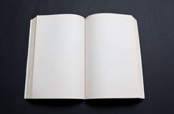 Spatie die van boek wordt uitgespreid royalty-vrije stock afbeeldingen