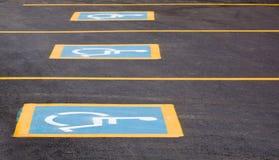 Spazi di parcheggio andicappati Immagine Stock