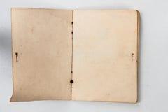 Spazio in bianco della facciata frontale aperta del vecchio libro fotografie stock libere da diritti