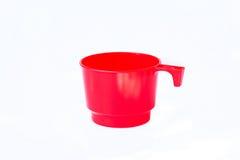 Spazio in bianco vuoto della tazza di plastica rossa per caffè Fotografie Stock Libere da Diritti