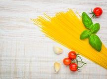 Spazio giallo della copia e degli spaghetti Fotografie Stock