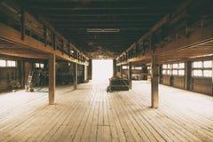 Spazio interno del dettaglio di architettura del granaio Immagine Stock