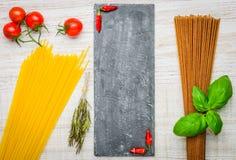 Spazio italiano del testo della pasta degli spaghetti dell'alimento Fotografia Stock