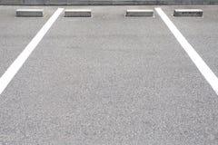 Spazio vuoto in un parcheggio fotografie stock
