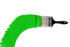Spazzola con vernice verde fotografie stock libere da diritti