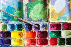 Spazzola di coloritura di tiraggio fotografia stock