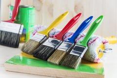 Spazzola e rullo per dipingere Fotografia Stock