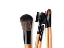 Spazzola professionale di trucco raccolta delle spazzole su fondo bianco Fotografia Stock