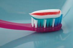 Spazzolatura di dente Immagini Stock Libere da Diritti