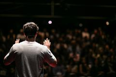 Free Speaker Giving A Talk On Corporate Business Conference Stock Photography - 127209242