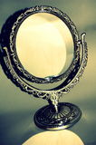 Specchio antico d'argento Immagini Stock