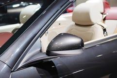 Specchio di ala dell'automobile Fotografie Stock Libere da Diritti