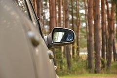 Specchio di laterale dell'automobile Immagini Stock