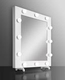 Specchio di trucco con le lampadine Fotografie Stock Libere da Diritti
