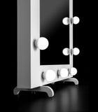 Specchio di trucco con le lampadine Immagini Stock