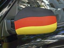Specchio esterno in nero-rosso-e-oro Fotografie Stock Libere da Diritti