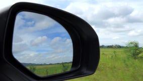 Specchio laterale dell'automobile stock footage