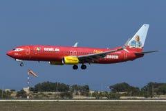 Special färgintrig TUIjet 737 Arkivbilder