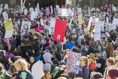 Special kvinnamarshändelse och personer som protesterar runt om Los Angeles Arkivbild