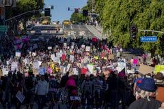 Special kvinnamarshändelse och personer som protesterar runt om Los Angeles Arkivfoto