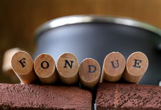 Speciala fonduegafflar med bokstäver Royaltyfria Bilder