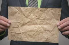 Speciale aanbiedingmalplaatje Conclusie van een bedrijfscontract Transactieconcept Het ondertekenen van een overeenkomst stock foto's